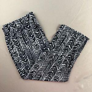 Susan Graver Black White Liquid Knit Capris L